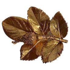 Vintage gold tone metal rose leafs & bud Brooch Pin