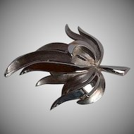 Vintage signed Trifari silver tone metal dimensional Leaf Brooch Pin