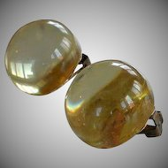 Vintage ''Pool of Lights'' pale yellow Lucite Plastic Ball Clip-on Earrings
