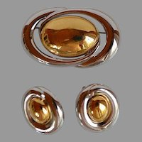 NWOT Monet Abstract Set gold & silver tone metal Brooch Pin & Earnings.