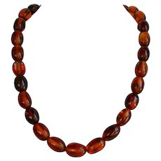 57 gr Vintage reconstituted Amber Necklace