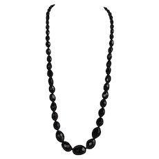 Antique Victorian Mourning Whitby Jet Graduated faceted beads Necklace