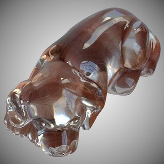 Vintage molded clear glass dimensional resting Dog figurine paperweight or table decoration