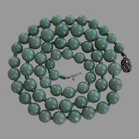 Vintage Chinese export green aventurine hand knotted beaded graduated Necklace