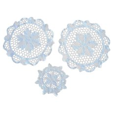 Vintage set 3 pcs white fine Macrame lace hand crocheted round Doilies with Flower design