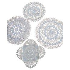 Vintage Set 4 pcs cream hand crocheted lace round Doilies