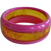 Massive Vintage fuchsia pink & translucent faux amber 3 lays plastic domed Bangle Bracelet