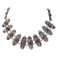 Vintage Sterling Silver Necklace from the Mexico decorated with turquoise coral & amethyst.