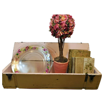 Primitive, 30's , Hand Made Wood Box, Cream and Pink
