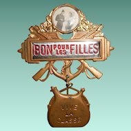 "1950s Pin Up French Military Conscription Pin ""Bon pour les Filles"""