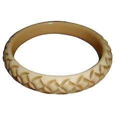 French Art Deco Cream Corn Carved Catalin Bakelite Bangle Bracelet