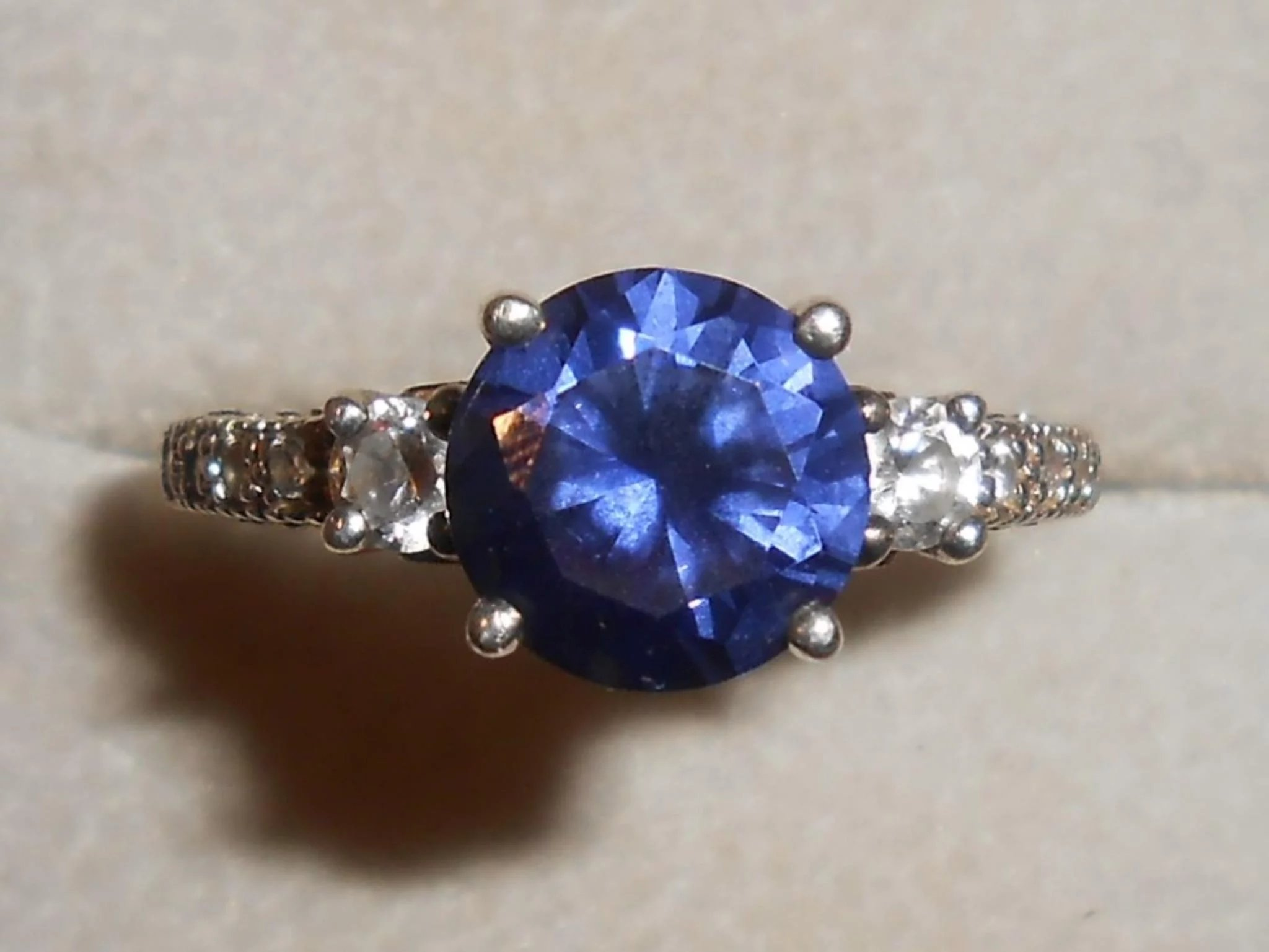 item diamond hiddendiarg faux full surprise or click hidden sapphire gemsjolie expand stones ring to