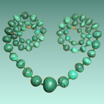 Long Art Deco Hand-Carved African Malachite Graduated Bead Necklace