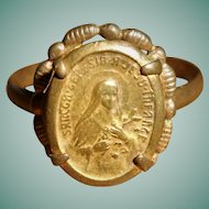 Early 20th Century Italian Saint Therese of the Infant Jesus Devotional Ring