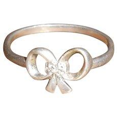 Antique Toi et Moi Twin Diamond Bow Ring