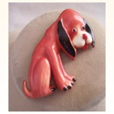 ADORABLE Vintage Plastic Brooch Dog Molded and Painted