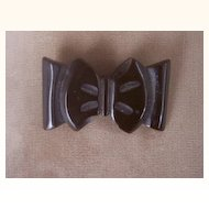 Vintage BAKELITE Bow Brooch Carved Very Deeply Chocolate Brown Bakelite Art Deco Motif Mint!