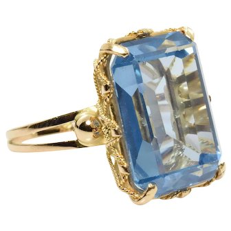 Synthetic Blue Spinel Cocktail Ring - 18k Yellow Gold 15.85 Carats Size 9