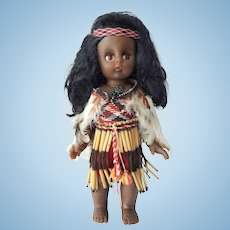 Maori Doll from New Zealand / RARE 1970's Souvenir / Traditional Kapa Haka costume