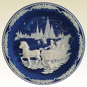 'Home With the Tree' ~ Solid Incloy LAPIS Stone ~ Christmas CAMEO, signed collector plate
