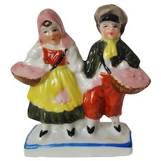 Berry HARVEST Peasant Couple porcelain fairing figurine ~ circa 1935, Made in Japan