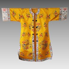 Gorgeous CHINESE satin-silk Floral Embroidered Robe ~ circa 1970 vintage
