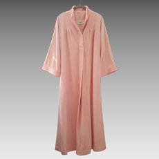 'Bill Tice' from Sacks Fifth Ave ~ vintage 1970's ~ PINK velour lounge robe