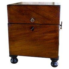 Flamed Mahogany Decanter Box c.1820