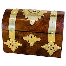 Burr Walnut twin lid Victorian Tea Caddy c.1870