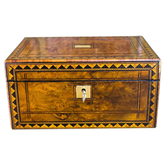 Burr Walnut Table Box c.1870