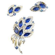 Royal Blue Lisner Flower Booth, Earrings Signed