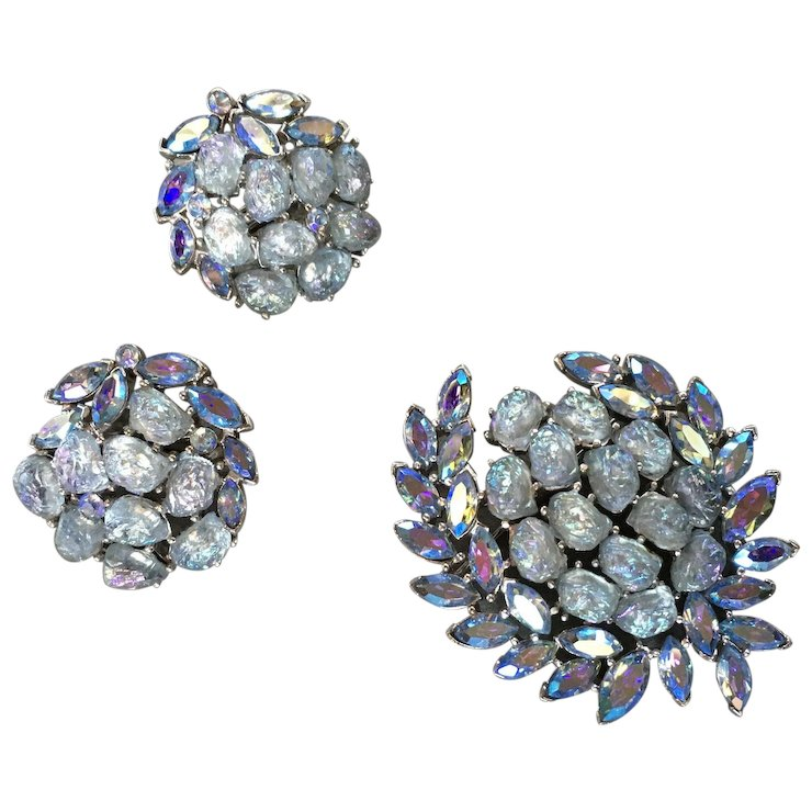 Trifari Brooch And Earring Set Etoile Blue Aurora Borealis