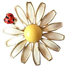 Weiss White Enamel on Gold Tone Daisy with Lady Bug