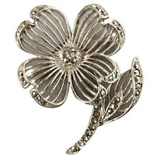 Lisner Flower Silver Tone Brooch with Rhinestones