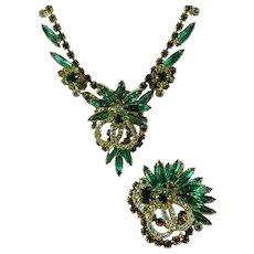 Shades of Green Juliana D&E Sunburst/Flower Necklace & Brooch Book Piece