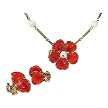Crown Trifari Apple Red Poured Glass Demi Parure- Necklace and Earrings