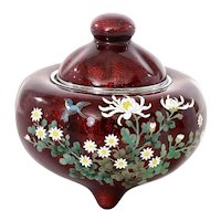 Japanese Pigeon Blood Cloisonne Enamel Box Censer Koro Chrysanthemum Mk