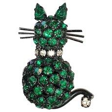 KITTY CAT - WARNER signed Rhinestone Kitty Cat Pin Brooch with a Pretty Green Body
