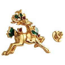 AVON signed Reindeer Goldtone Pin with Pretty Holly