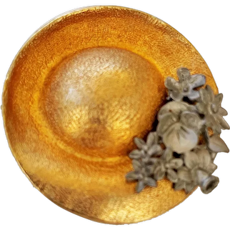 ULTRACRAFT signed Women's Hat Goldtone Brooch with Pewter Flowers
