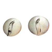 Pretty Round Silvertone Clip On Earrings