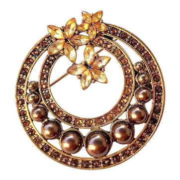 Round Brown Faux Pearls  Round Goldtone Pin Brooch with Pretty Sparkling Rhinestones