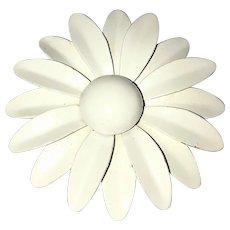 Enameled Pretty White Flower Pin Brooch