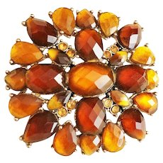 LIZ CLAIBORNE  Pretty Amber and Earth Tone Colors on Goldtone Flower Pin Brooch