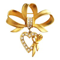 JJ signed  Bow with Heart Dangling Charm Pin Brooch with Sparkling Rhinestones