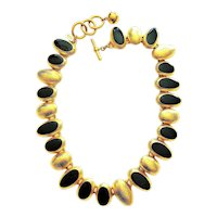 TALBOTS signed Oval Linked Goldtone Necklace with Black Enamel