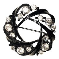Black Enamel Circle Brooch with Pretty Sparkling Rhinestones