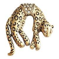 Relaxing Leopard Goldtone Brooch with Pretty Rhinestones