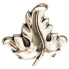 Beautiful Leaf Silvertone Brooch