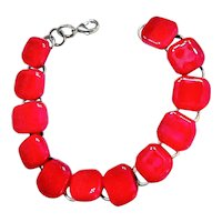 Beautiful Silvertone Linked Bracelet with Pretty Red Glass